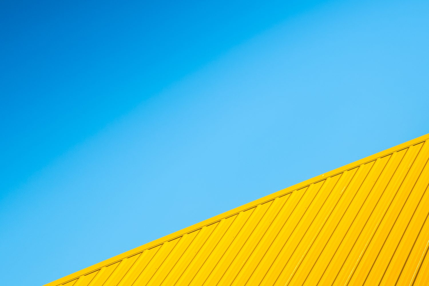 Roof Plumber installation of Yellow metal roof, Geelong