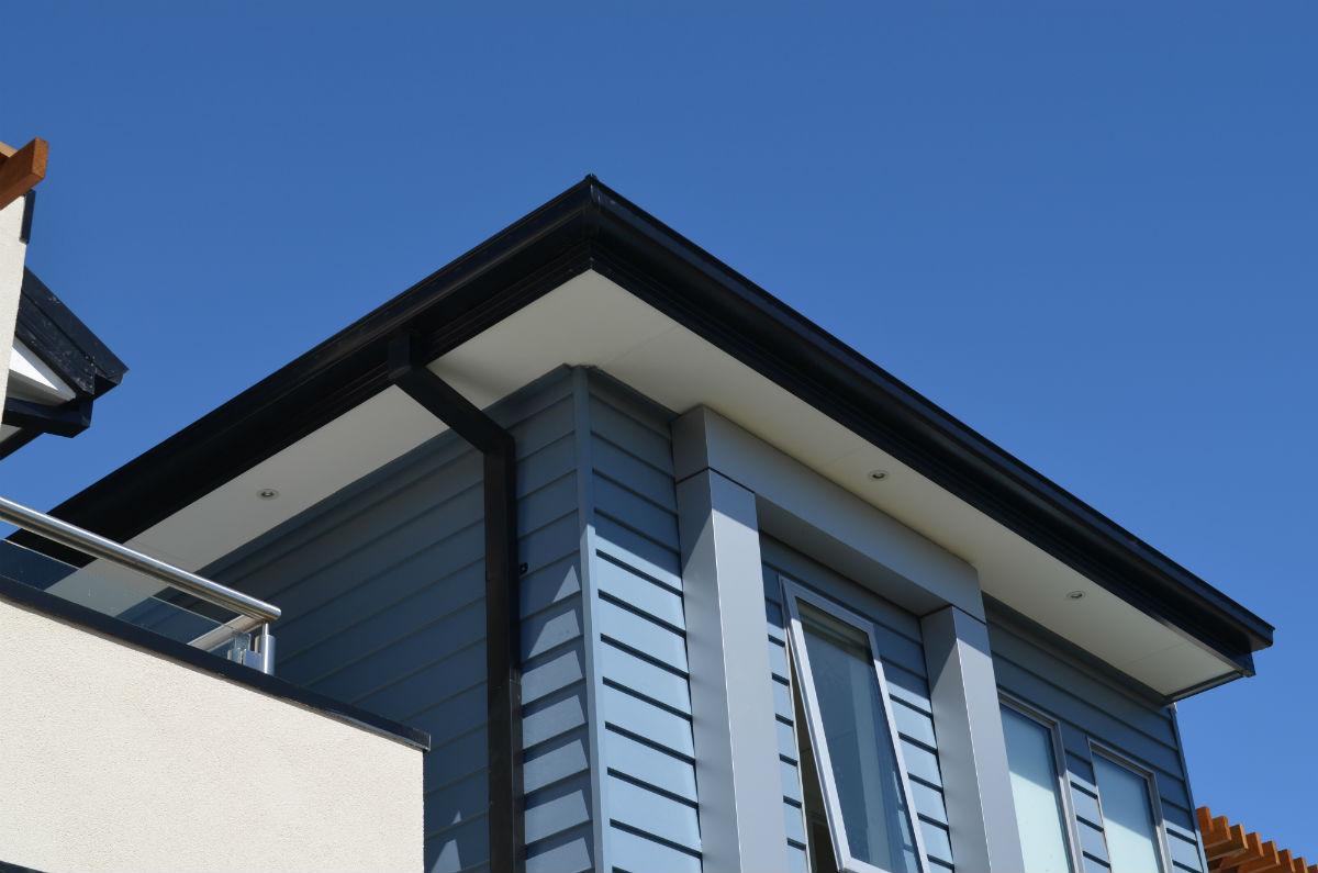 Gutter Replacement on new modern house, Geelong